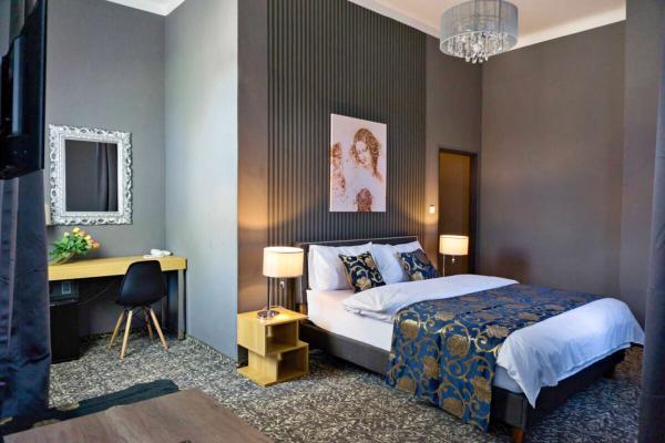 Stylový odpočinek s polopenzí v butikovém hotelu Da Vinci v Mariánských Lázních, s možností wellness a platností do prosince 2021
