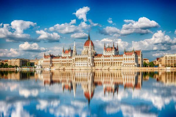 Známý Expo Congress Hotel Budapest **** s dítětem do 12 let zdarma (extra dlouhá platnost)