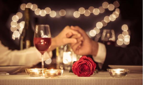 Romantický pobyt s vířivou, degustačním menu, sektem i snídaní v penzionu Lutena