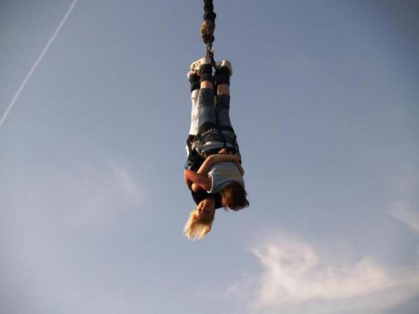 Bungee jumping až 110 metrů z jeřábu Praha