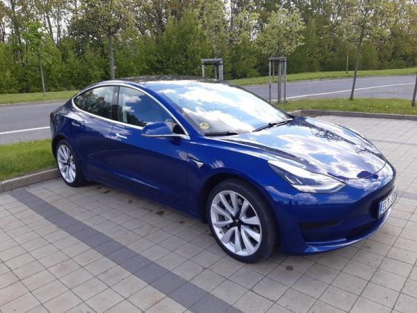 Jízda v elektromobilu Tesla Model 3 Praha