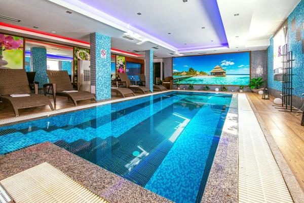 Perfektní wellness pobyt v hotelu Sun **** na břehu Slunečních jezer s možností masáže