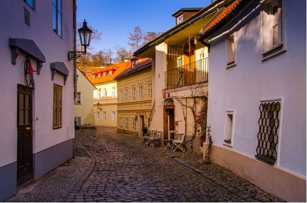 Ubytování v Aparthotelu Tycho de Brahe pro 2 nebo 4 osoby jen 300 m od Pražského hradu