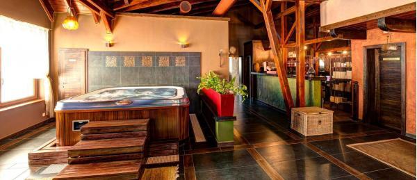 Pobyt s luxusním ubytováním v Donovalech v toskánském stylu v hotelu Galileo **** s úžasným personálem a wellness