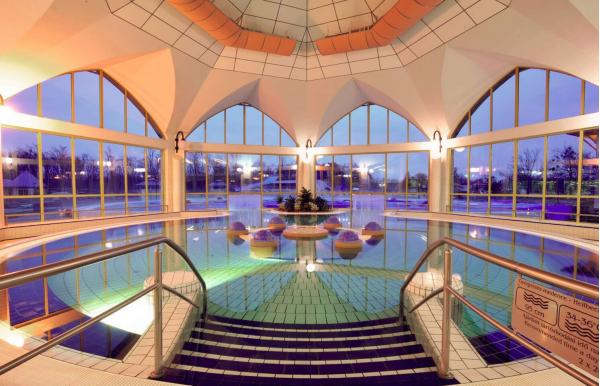 All inclusive v oblíbeném Hotelu Park Inn **** Sárvár v termálních lázních s neomezeným wellness až do března 2022