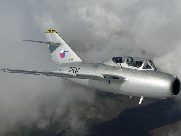 Seznamovací let stíhačkou MiG-15